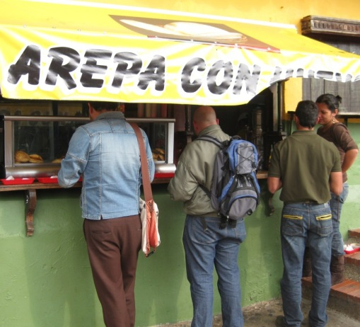 "Colombians ""Networking"" over Arepas instead of Facebook"